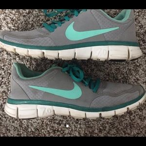 Nike 7.0 gray and teal/Tiffany blue